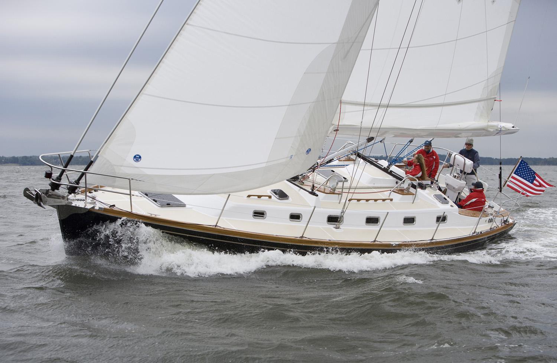 New Tartan 4300 Sailboat | Collection Yachts