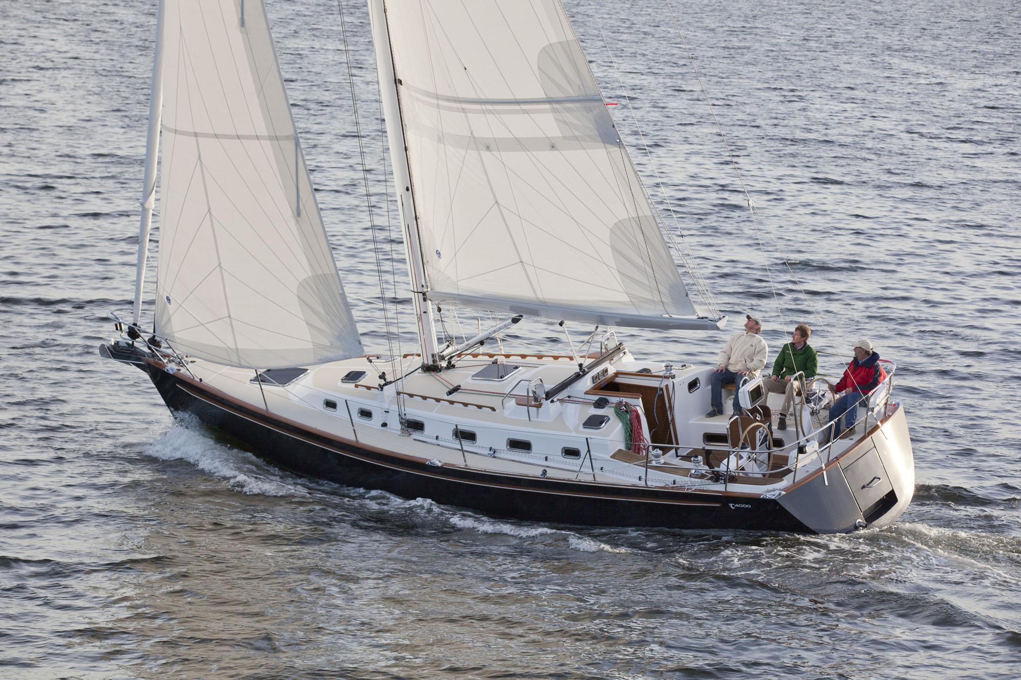 New Tartan 4000 Sailboat | Tartan Collection